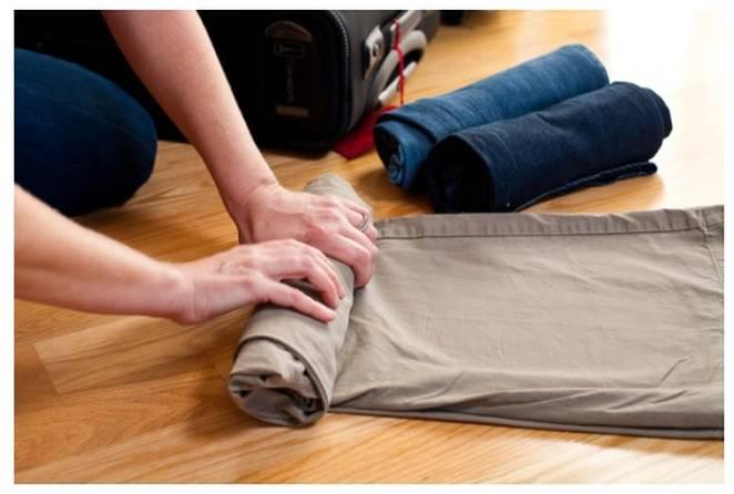 Czy warto pakować się w torbę - rolowanie ubrań aby zajęły mniej miejsca w torbie