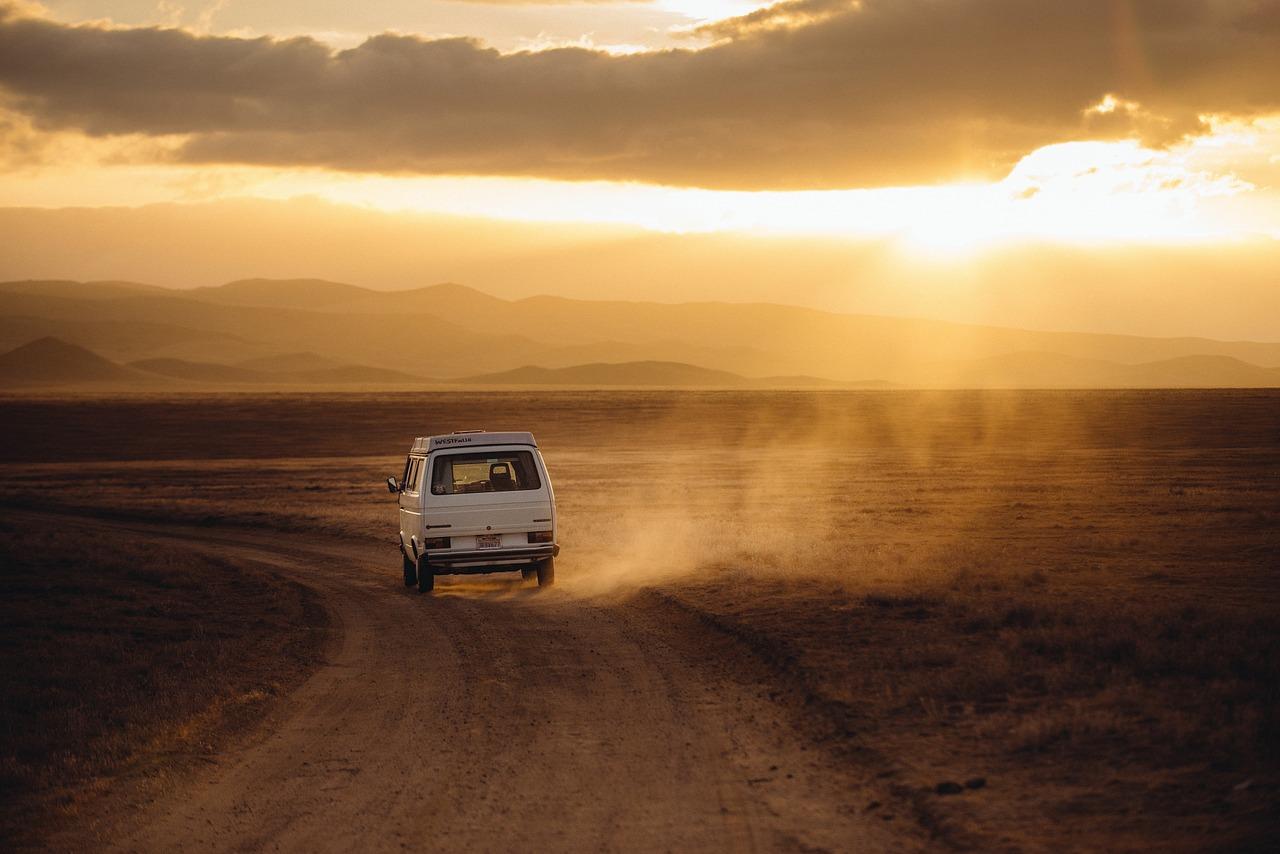 Tanie podróżowanie, czyli jak nie wydać całych oszczędności na wakacje