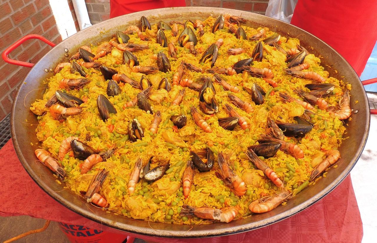 Danie kuchni hiszpańskiej, czyli przepis na paellę